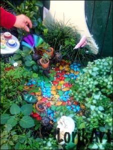3_A_garden_handWEB